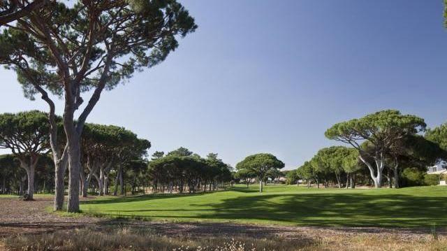 Oceânico Pinhal Golf Course - Golfclub in Quarteira