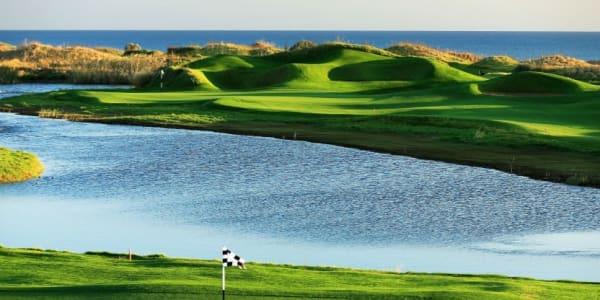 Belek ist mit elf Golf Clubs und 17 gepflegten 18-Loch-Plätzen die Golfhochburg der Türkei