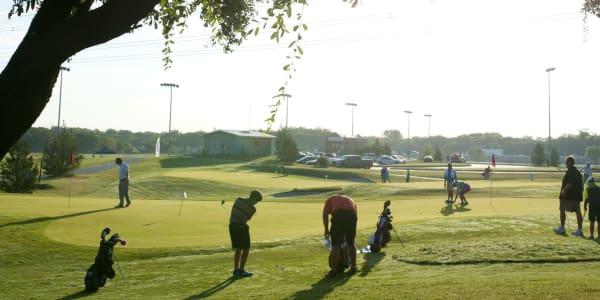 Ein perfekter Tag kann auf dem Golfplatz so aussehen. Das vermittelt der Golf-Spot der PGA of America sehr anschaulich. (Foto: Getty)