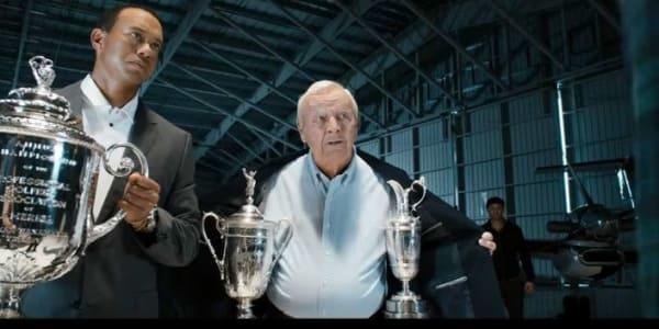 Tiger Woods und Arnold Palmer beim Werbespot für Tiger Woods PGA Tour 14 (Foto: EA Sports/www.youtube.com)