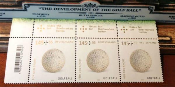 Eine Sonderbriefmarke mit einem Golfball wurde anlässlich der Wiederaufnahme des Golfsports in den Kanon der olympischen Sportarten herausgegeben. (Foto: Michael Basche)