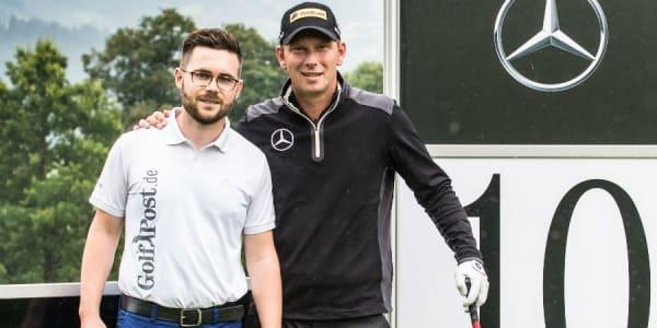 Blick ins Bag: In Kitzbühel gemeinsam auf der Runde und danach im ausgiebigen Equipment-Interview - Johannes Eck (li. Golf Post Team) und Marcel Siem. (Foto: Mercedes-Benz)