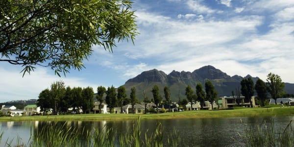 Golfen in Südafrika vor sensationeller Kulisse.