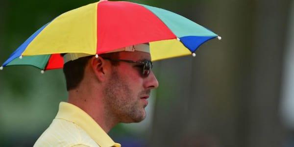 Mit der Golfkleidung unserer Partner bleiben Sie nicht im Regen stehen. Garantiert. (Foto: Getty)