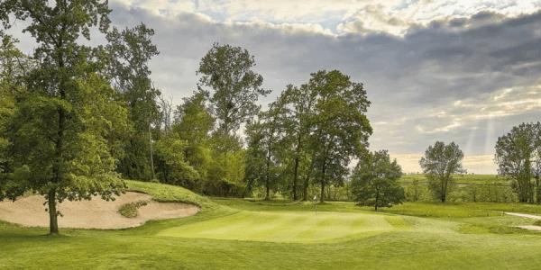 Bahn 2 des Mainzer Golfclubs hat es in den Golfkalender 2018 geschafft. (Foto: Matthias Gruber)