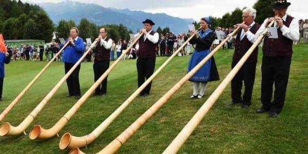 Beim Omega European Masters gehen sechs deutschsprachige Hoffnungsträger an den Start. Die Tee Times. (Foto: Getty)