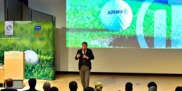 Manfred Boschatzke, Direktor Marke und Sponsoring bei der Allianz-Gruppe, referierte zum Thema: Allianz und Jugend (Bild: Jan Braun)