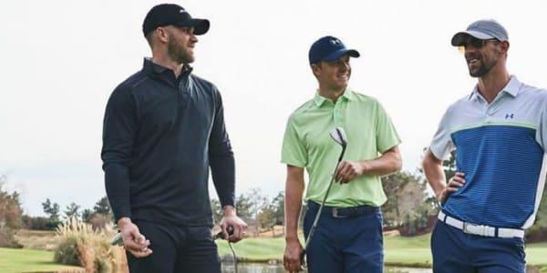 Jordan Spieth hat bei der Vorstellung des Spieth 2 von Under Armour sichtlich Spaß mit Bryce Harper (links) und Michael Phelps (rechts). (Foto: Twitter.com/UAGolf)
