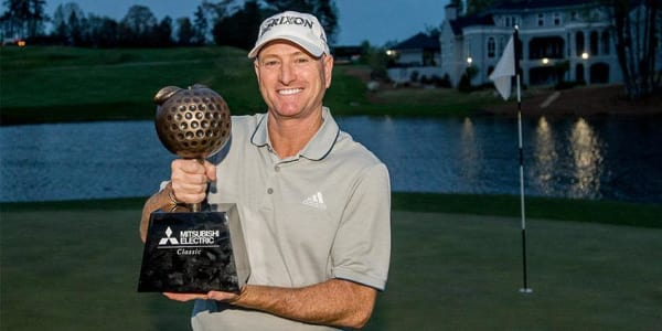 Steve Flesch gewinnt die Mitsubishi Electric Classic der Champions Tour. (Foto: Twitter.com/@ChampionsTour)