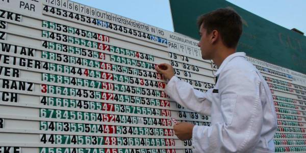 Bei den Clubmeisterschaften im GC Gut Lärchenhof herrscht eine Atmosphäre wie beim Masters in Augusta. (Foto: Golf Club Gut Lärchenhof)
