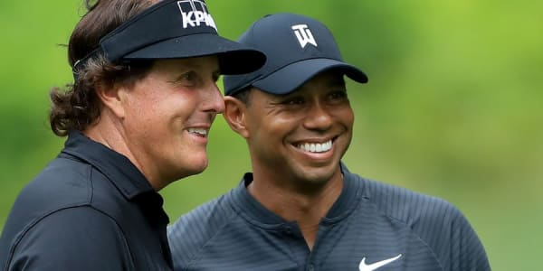 tiger-woods-phil-mickelson-match-im-november