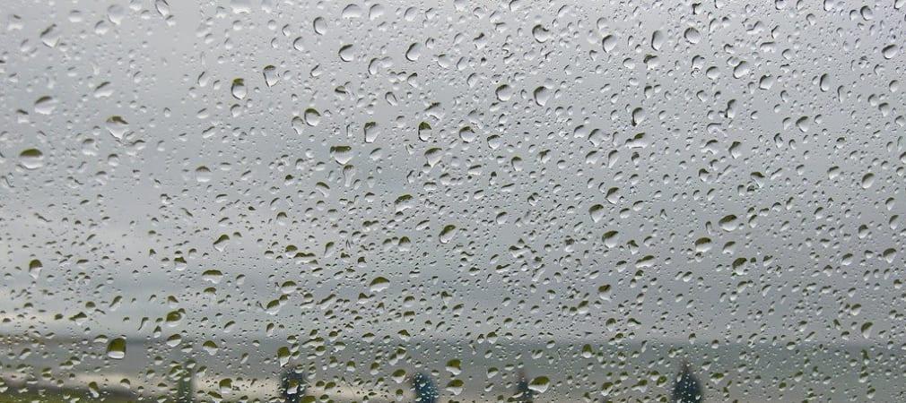Regen auf dem Golfplatz