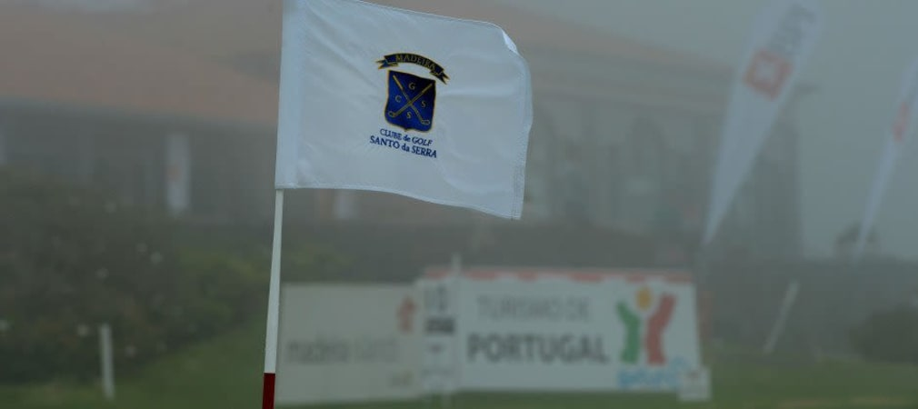 Und täglich grüßt das Murmeltier! Auch der zweite Tag der Madeira Island Open begann mit dichtem Nebel. Lediglich die Hälfte der Spieler konnte ihre Runde überhaupt aufnehmen.