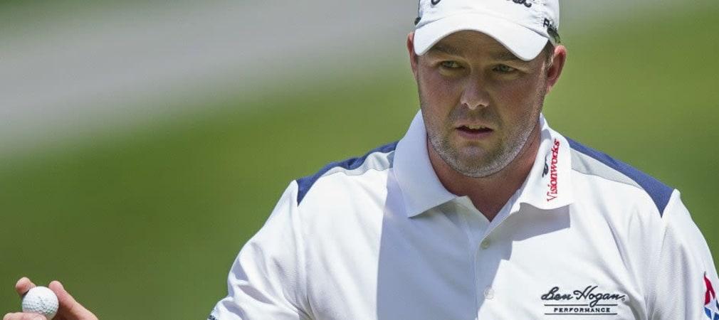 Während Marc Leishman das Feld der Quicken Loans National ins Wochenende führt, scheiterte Tiger Woods am Cut.