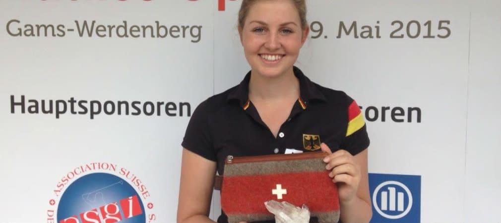 Olivia Cowan holt den Sieg bei der ASGI Swiss Ladies Open und damit den ersten Profisieg ihrer Karriere.