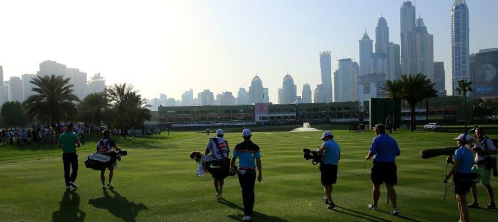 Vor der imposanten Kulisse der Wolkenkratzer in Dubai will Rory McIlroy seinen Titel verteidigen. (Foto: Getty)