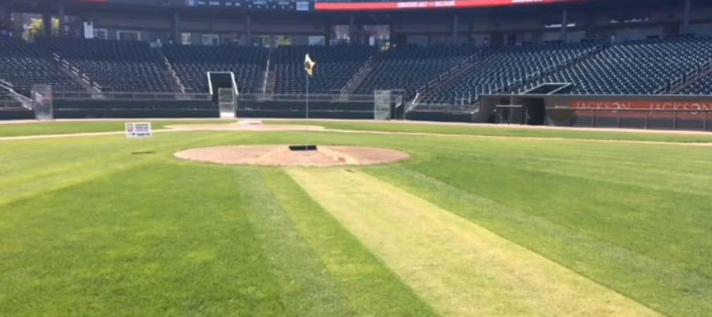 Auf dem Baseballfeld wird in dieser Woche Minigolf gespielt. (Foto: Screenshot)