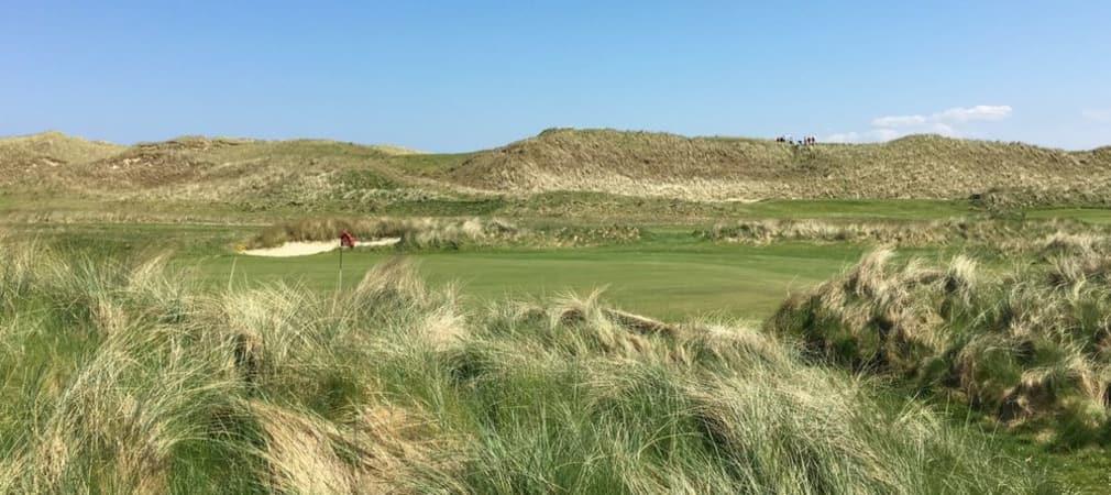 Golfen entlang der Dünen und im Rücken die
