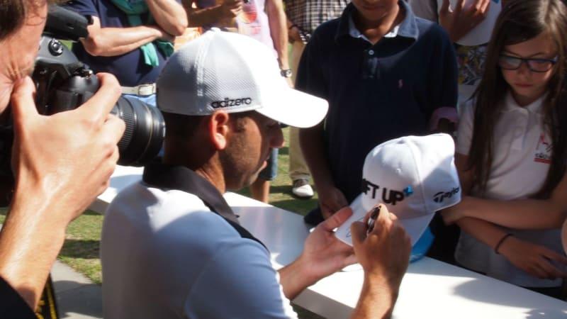 Sergio Garcia war im Kölner Golfclub zu Gast, um ein TaylorMade Performance Lab einzuweihen und Golf Post Rede und Antwort zu stehen.