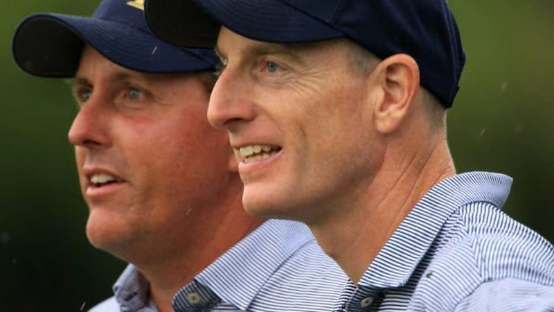 Im Team USA stehen Phil Mickelson und Jim Furyk als verbliebene Veterane mit langer Ryder-Cup-Geschichte an der Spitze.