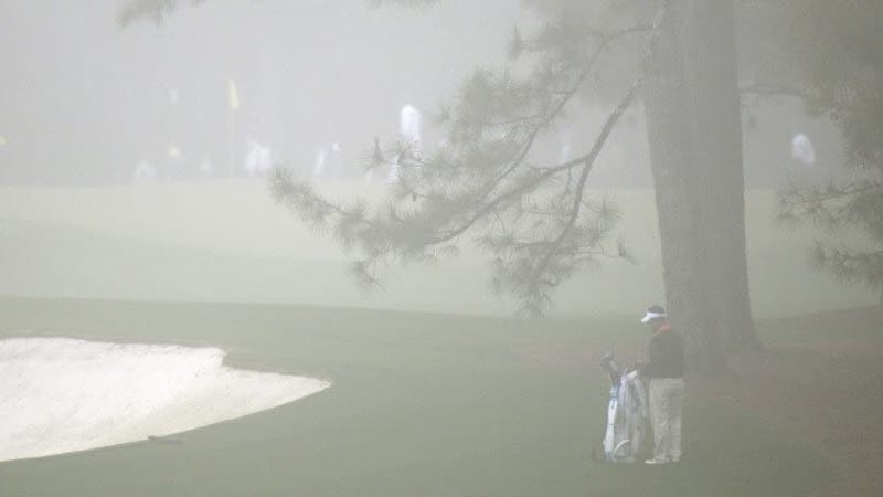 Das Golfspielen im dichten Nebel ist nicht immer die beste Idee und birgt einige Gefahren. Offizielle Regel gibt es nicht und Golfclubs vertrauen häufig auf die richtige Selbsteinschätzung ihrer Mitglieder. (Foto: Getty Images)