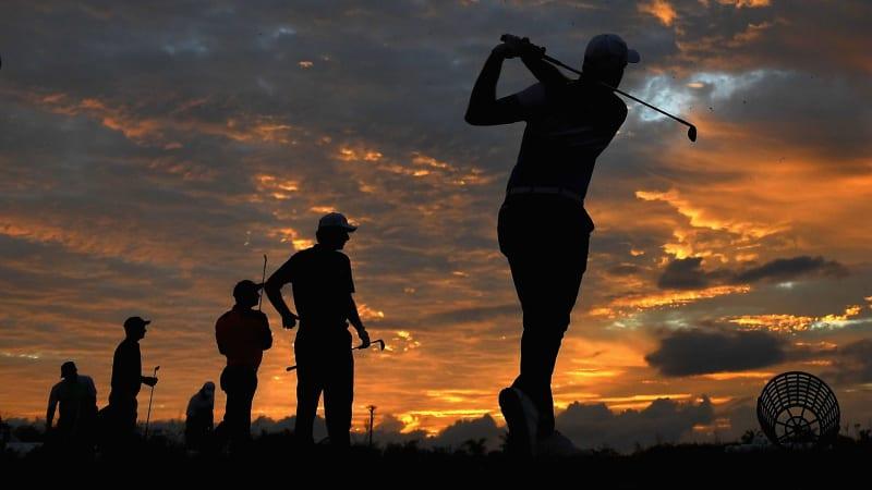 Im Winter ist beim Golftraining auf der Driving Range auf Abwechslung zu achten. (Foto: Getty)
