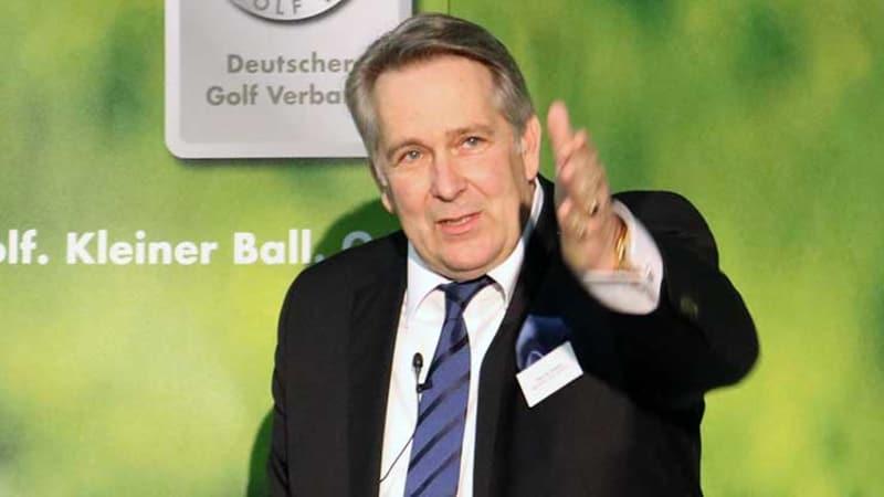 Claus Kobold, Präsident des Deutschen Golf Verbandes, auf der Jahrespressekonferenz in Suttgart. (Foto: Golf Post)