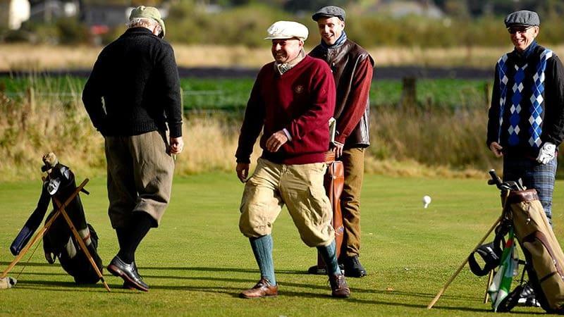 So stellen sich viele nicht Golfer den Sport vor. Doch sind es Vorurteile oder die Realität? (Foto: Getty)