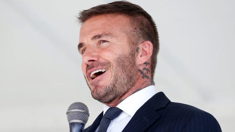 David Beckham Fußball Stadion auf Golfplatz