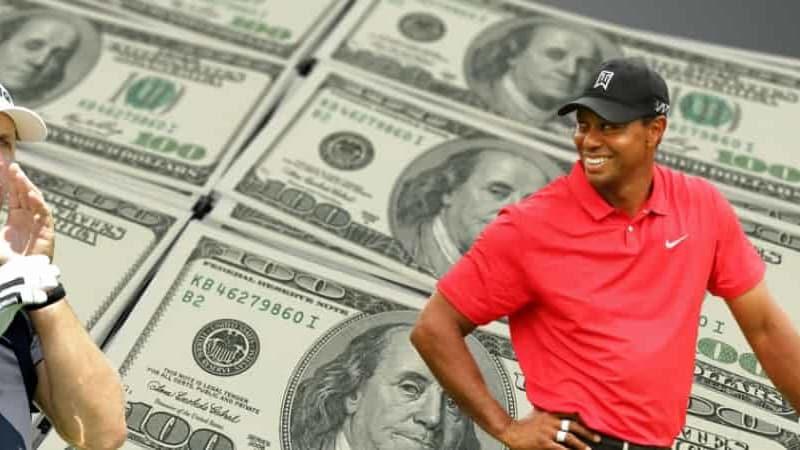 Das Showmatch zwischen Tiger Woods (re.) und Phil Mickelson nimmt immer verrücktere Auswüchse an. (Foto: PGA Tour)