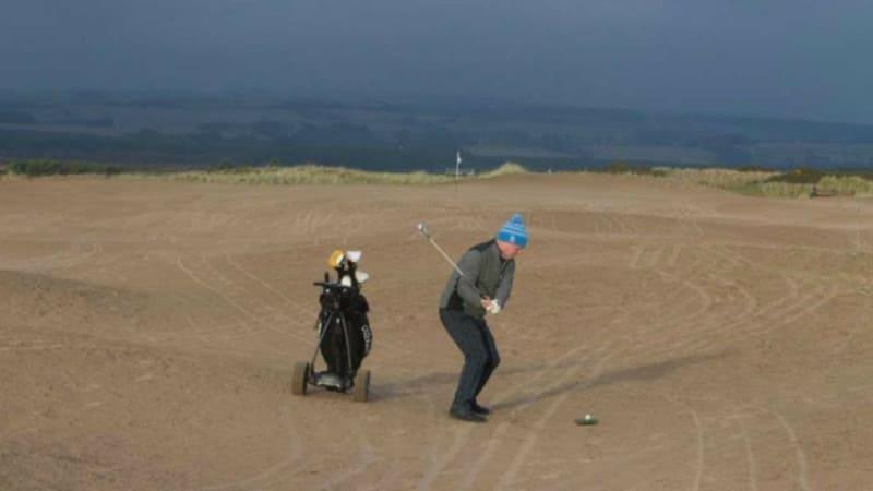 Das zweite Fairway des Montrose Golf Links ist nach einem Sturm vollkommen von Sand bedeckt. (Foto: Twitter.com/@GOLF_com)