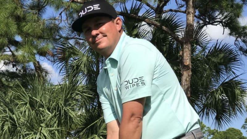 Jason Dufner trägt das Logo von Dude Wipes auf der Kappe. (Foto: Twitter.com/@JasonDufner)