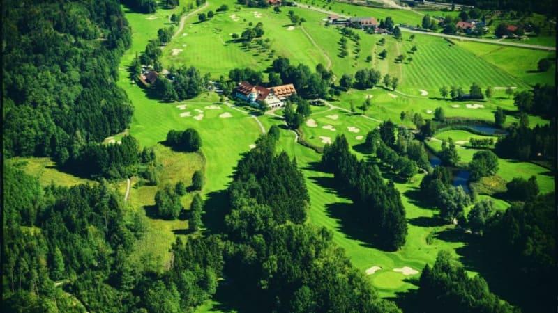 Clubverantwortliche des GC Bodensee Weißensberg haben aufgrund der lang anhaltenden Platzsperre, für Mitglieder einen Sonderpreis im GC Reischenhof vereinbart. (Bildquelle: GC Bodensee Weißensberg)
