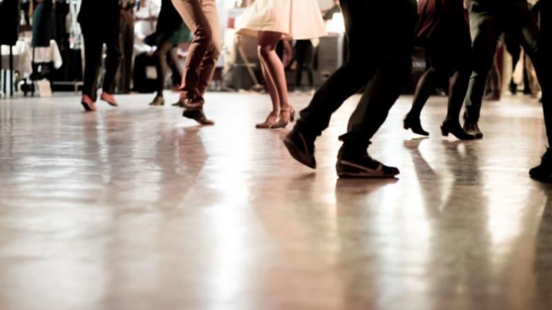 Sichert Euch einen Platz beim Tanz in den Mai beim GP Schloss Wilkendorf. (Bildquelle: GP Schloss Wilkendorf)