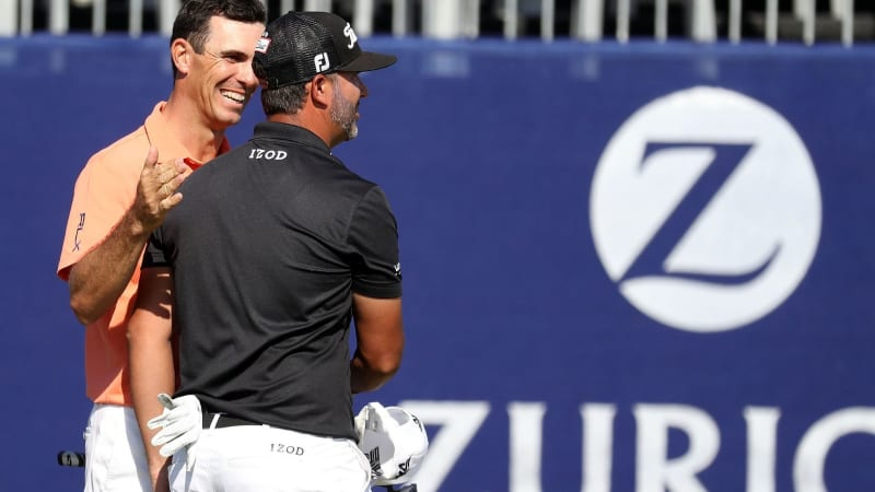 Billy Horschel und sein Teamkollege Scott Piercy am 18. Loch der Zurich Classic 2018 (Foto: Getty)