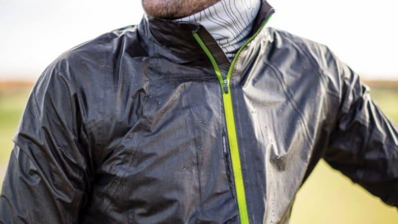 Die Gore-Tex Shakedry Jacke von Galvin Green führt einen Wandel in der Regenbekleidung ein. (Foto: Galvin Green)