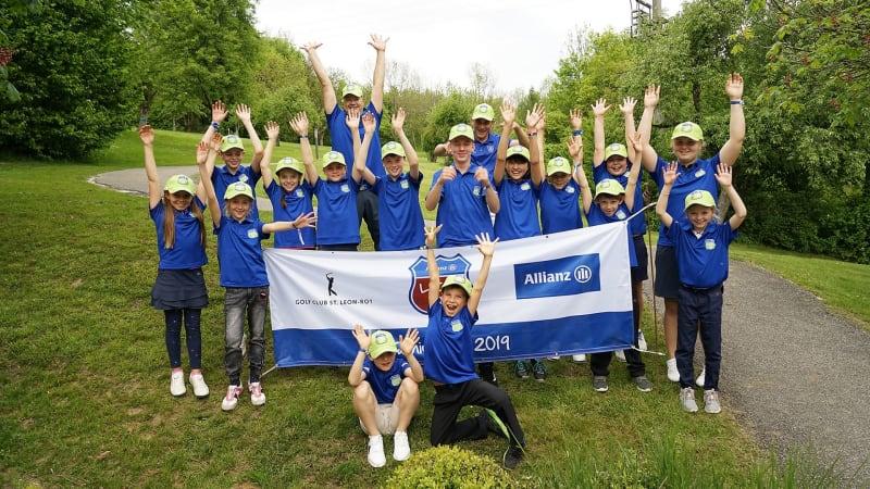Die Jugend des GC Schloss Klingenburg freut sich über ein erfolgreiches Turnier (Foto: GC Klingenburg)