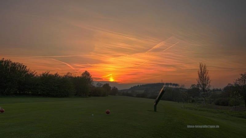 Sonnenuntergang beim GC Siegen-Olpe. (Foto: GC Siegen Olpe)