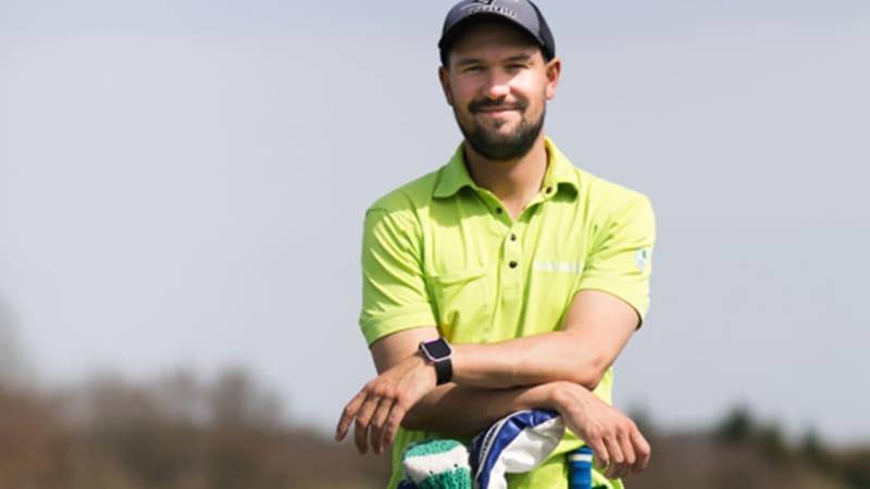 Steffen Bents von Bentsgolf erklärt, wie eine typische Golfstunde abläuft. (Foto: Bentsgolf)