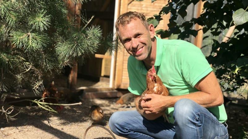 Ein Mann und seine Hühner: Green-Eagle-Patron Michael Blesch in