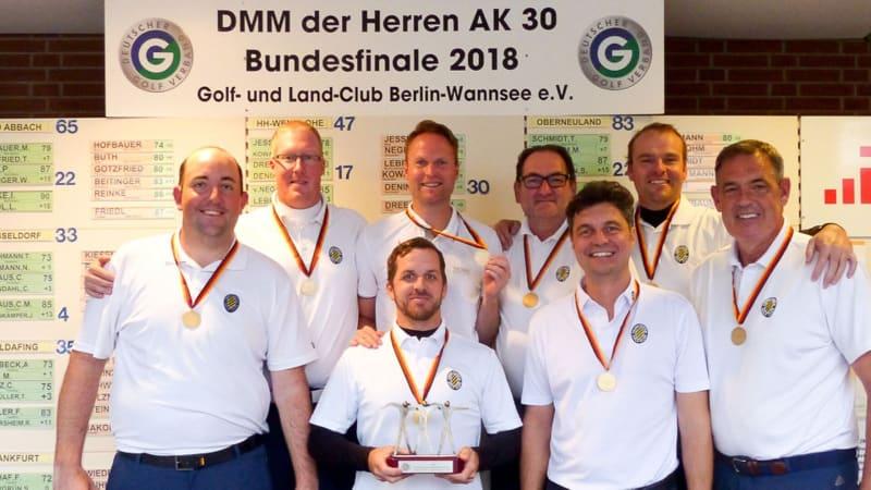 Das Team des Frankfurter GC setzt sich 2018 souverän gegen die Konkurrenz der Herren in der AK 30 durch. (Bildquelle: DGV/C&V Sport Promotion)