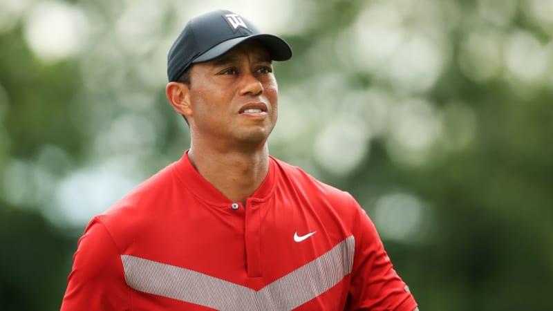 Tiger Woods nach Knieverletzung zurück im Training. (Foto: Getty)