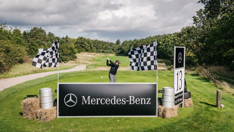 Mit bester Turnieratmosphäre und schönen Autos zeigt sich WINSTONgolf von seiner besten Seite. (Foto: apollo 18)