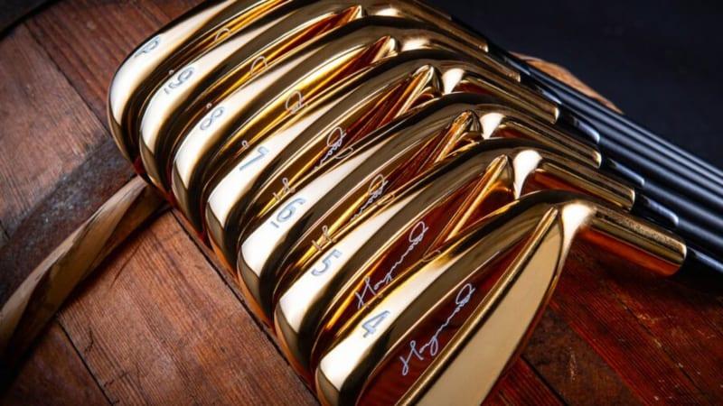 Goldene Schläger von Haywood Golf. (Foto: Twitter.com/@GolfWRX)