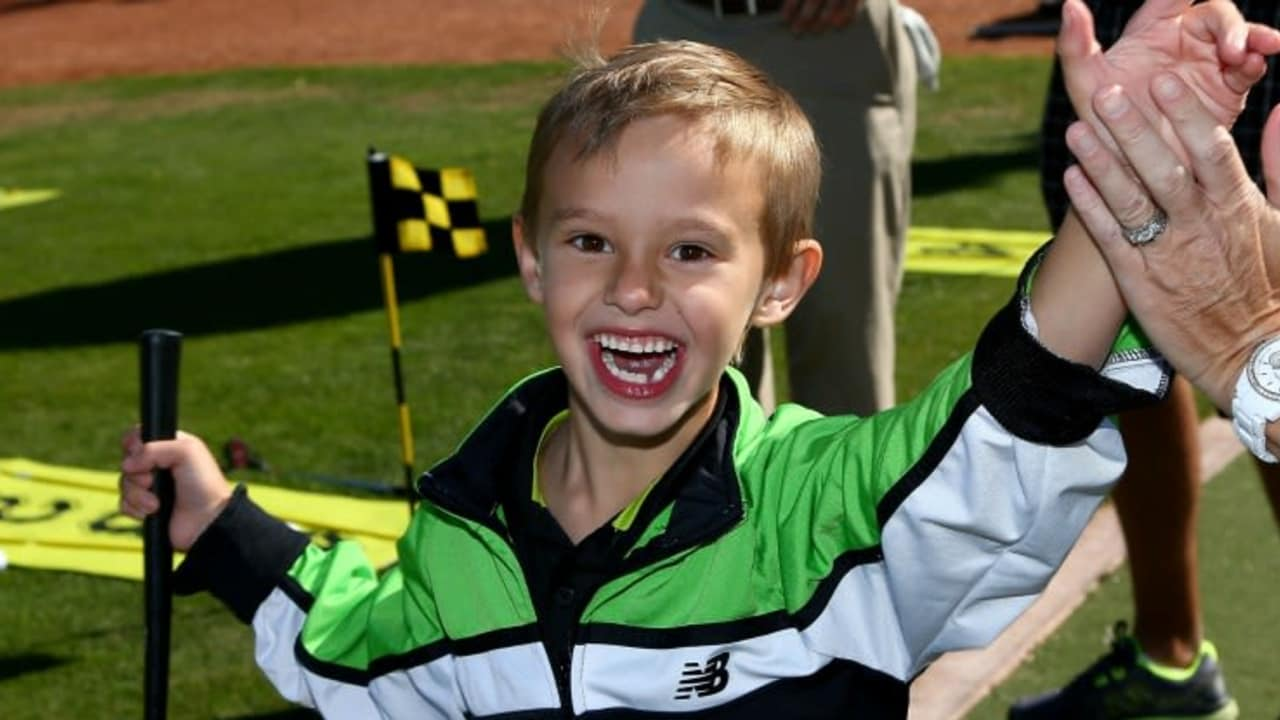 Spezielles Golf-Equipment für Kinder soll ihnen helfen, den Sport richtig zu erlernen und dabei Spaß zu haben