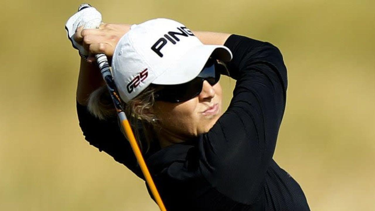 Julie Greciet beim Sberbank Golf Masters 2014