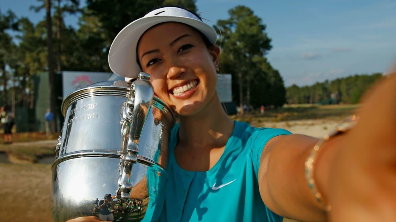 Endlich geschafft: Nach einigen enttäuschenden Jahren hält Michelle Wie 2014 ihren verdienten Pokal im Arm. (Foto: Getty)