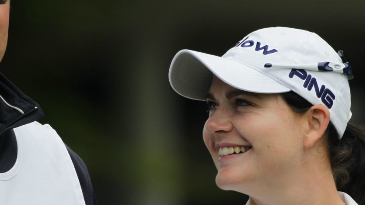 Caroline Masson und ihr Caddy hatten beim ersten Major-Turnier des Jahres, der ANA Inspiration, allen Grund zur Freude. (Foto: Getty)