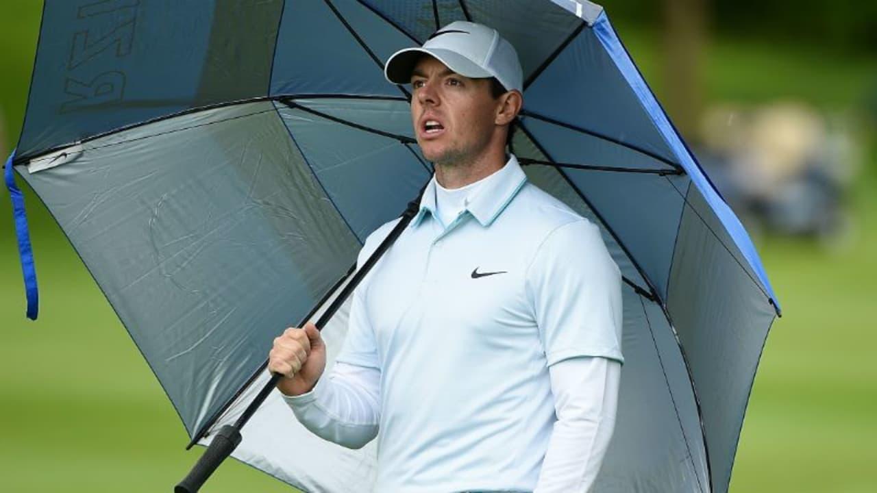 Einem echten Iren macht auch der Regen nichts aus. Rory McIlroy ließ sich vom Wetter am Moving Day der Irish Open nicht beeindrucken. (Foto: Getty)
