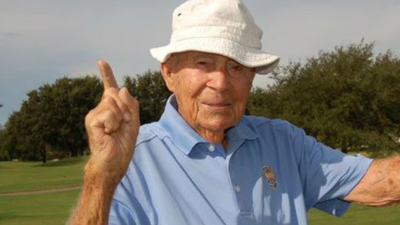 Gus Andreone ist der älteste lebende PGA Golf Professional. Mit 103 Jahren hat er sein achtes Hole-in-One gespielt. (Foto: Twitter/Bob Denny@pgahistorybug)